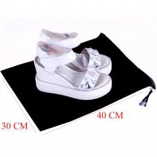 Пыльник на затяжке для обуви 30*40 см (черный)