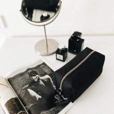 Вместительная косметичка 20*9*10 см (черный)